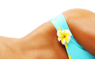 Enthaarung der Bikinizone - wachsen, rasieren oder lasern